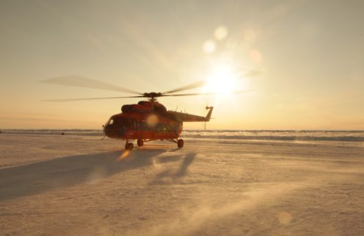 Diving the North Pole - Helicopter transport