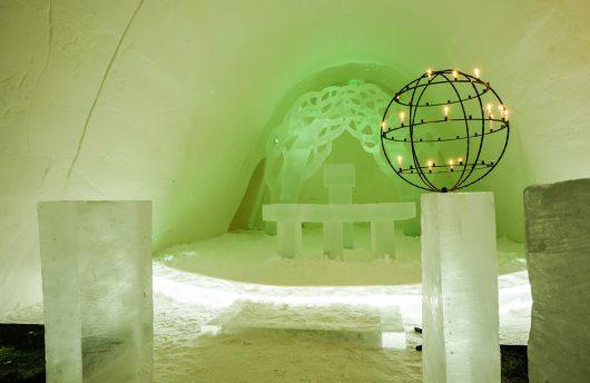 Ice chapel for weddings at Igloo Hotel