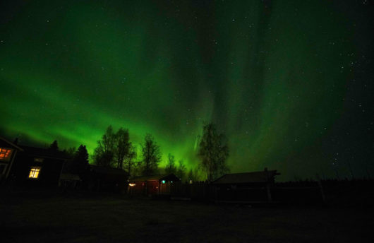 aurora over the Northern lights lodge