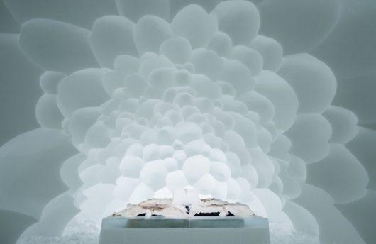 2018 art room ice hotel sweden
